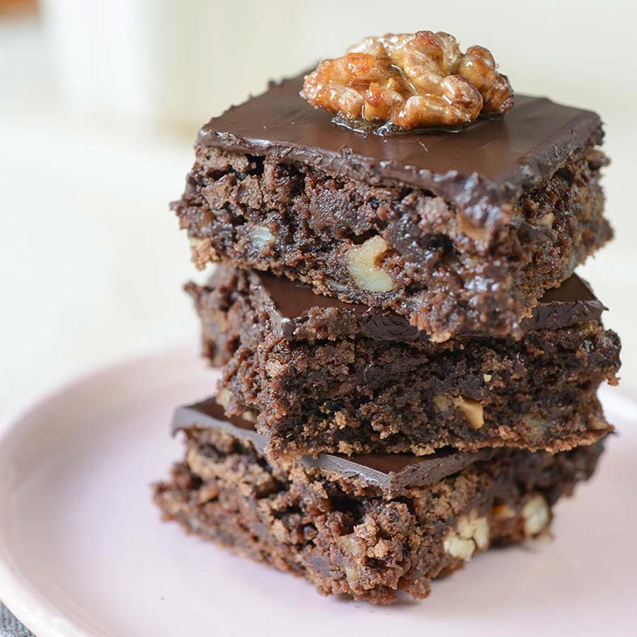 Bourbon Brownies With Chocolate Frosting Recipe | Gourmet ...