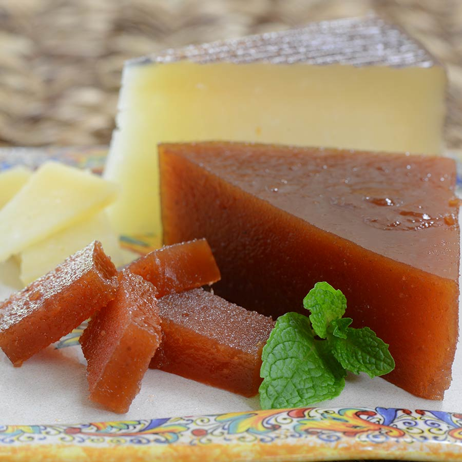 Spanish Homemade Membrillo - Quince Paste by Mitica from Spain - buy ...