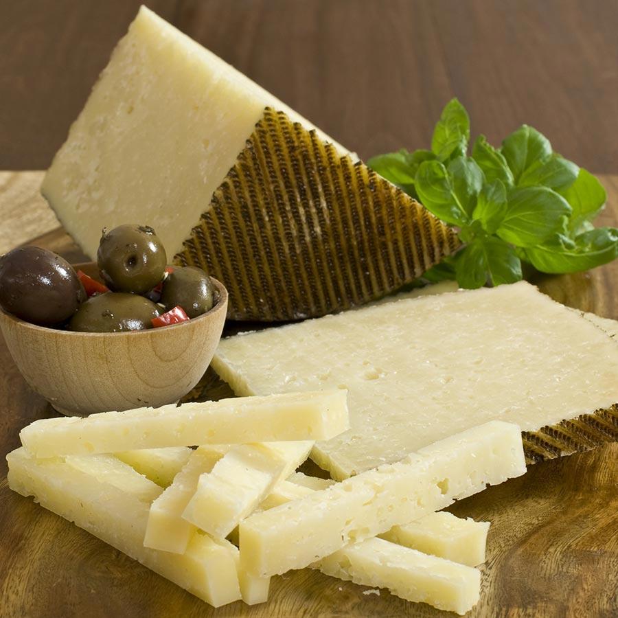 spanish manchego cheese manchego gourmet food store