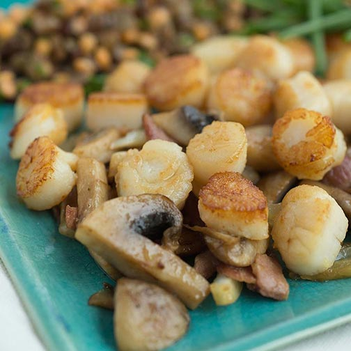 Pan Seared Sea Scallops With Mushroom Saute and Lentil Salad Recipe