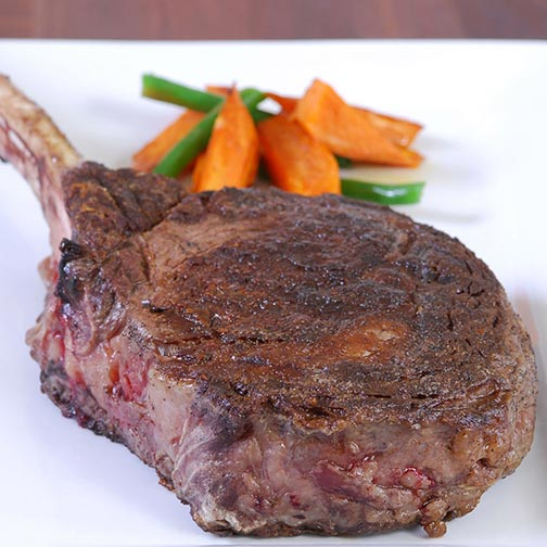 Wagyu Rib Eye Tomahawk Steaks, MS3